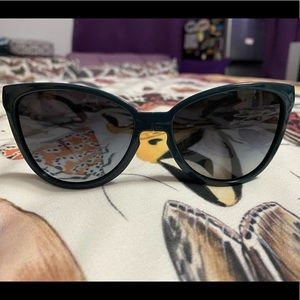 Tory Burch Foldable Cat-Eye Sunglasses